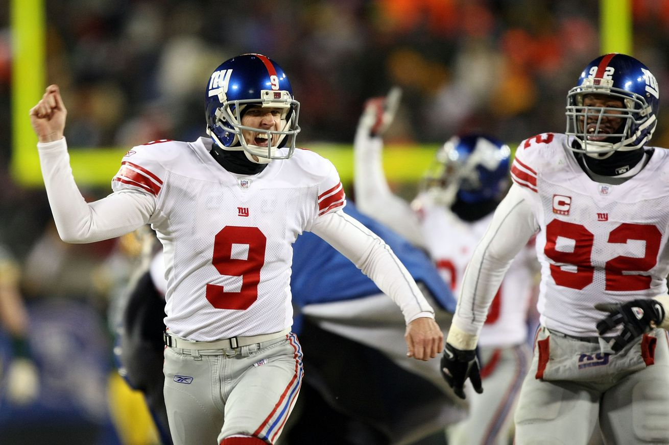Lawrence Tynes kicked the Giants to the Super Bowl with a 47-yard field goal in overtime, then hightailed it for the warmth of the locker room.