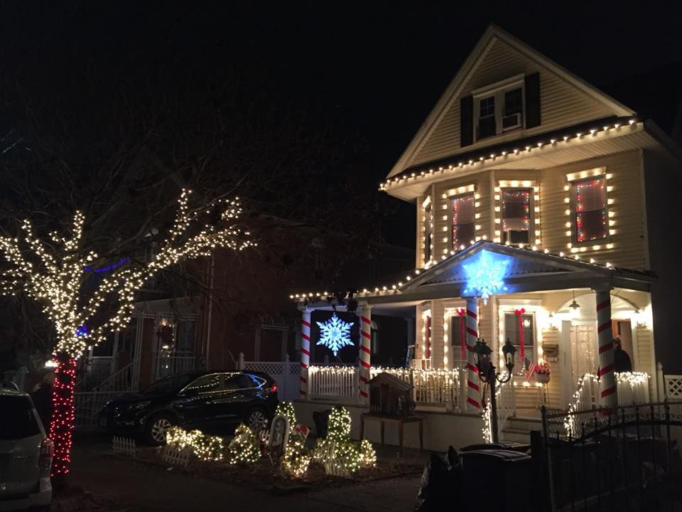 the christmas decorators handiwork last year on staten island the christmas decoratorsfacebook