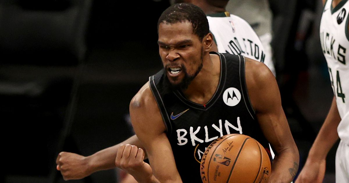 Kevin Durant's takeover and Milwaukee's meltdown made Nets-Bucks Game 5 a classic thumbnail