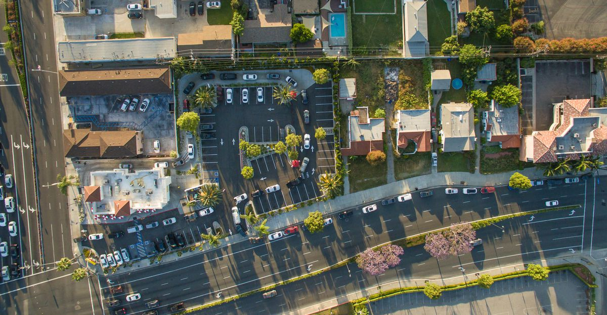 Overhead drone photo of the drive-thru line at In-N-Out in Downey, California