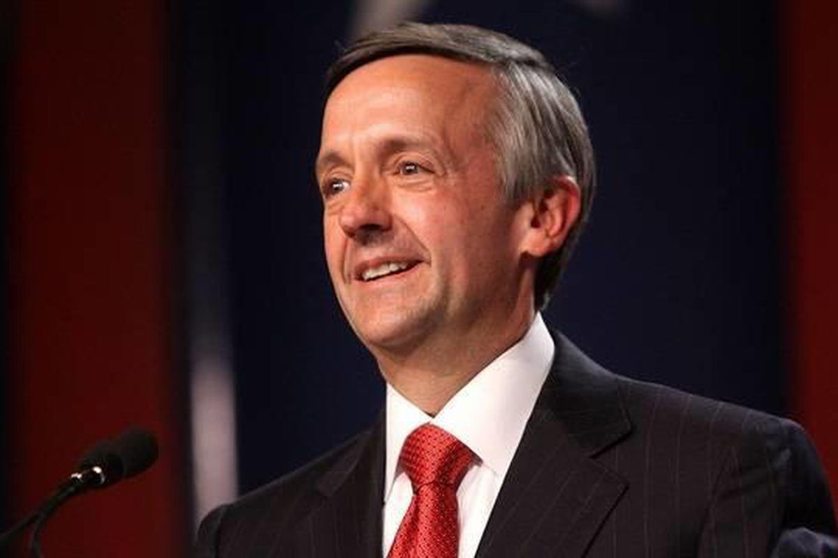 Dr. Robert Jeffress, who referred to Mitt Romney's Mormonism as a non-Christian cult, has endorsed Romney's campaign for the presidency.
