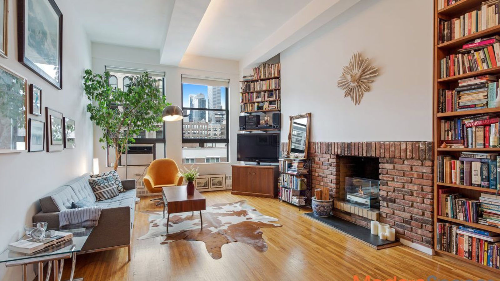 Spacious Chelsea duplex loft with Empire State Building ...