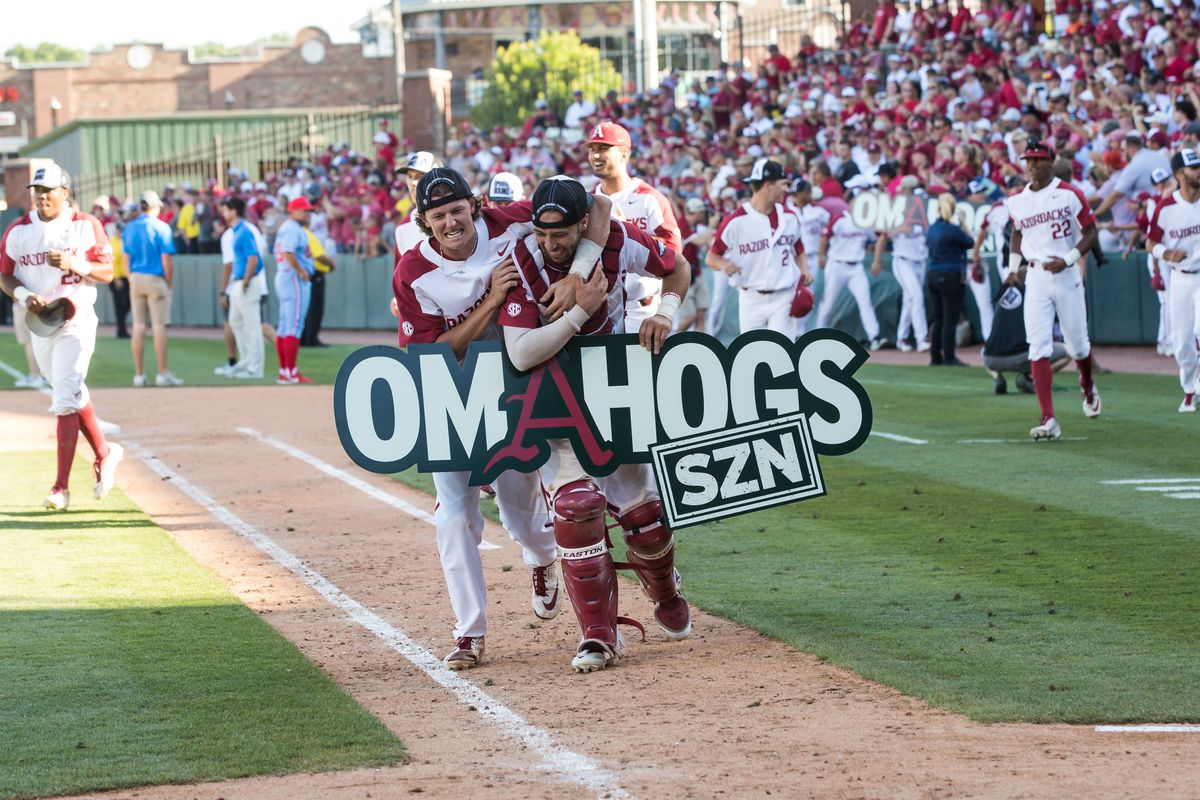Who should FSU pitch in College World Series opener?