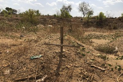 A makeshift grave by the side of the road in Juba, South Sudan.