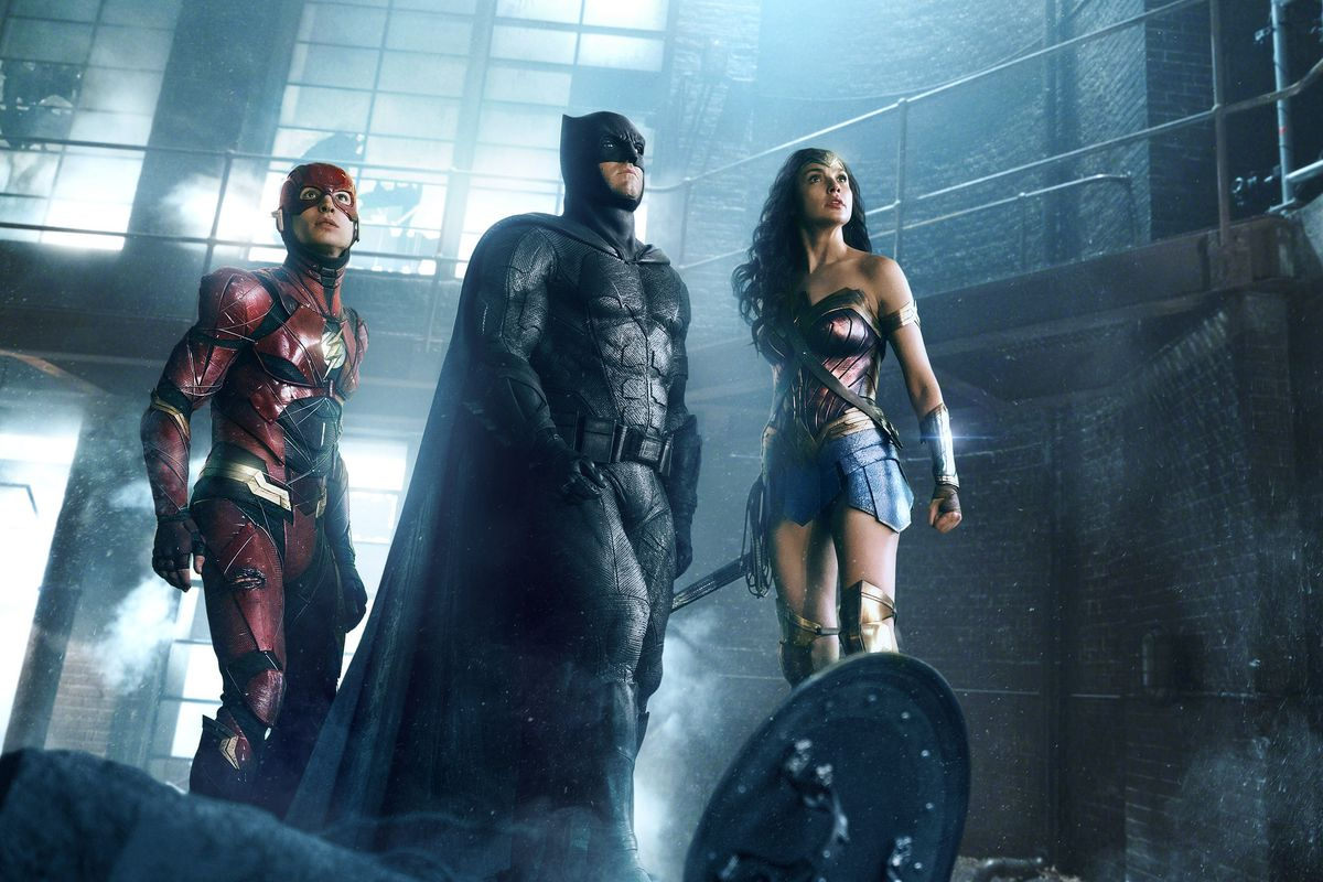 Zack Snyder Was 'Fired From the DCEU' a Year Ago, Reports Claim