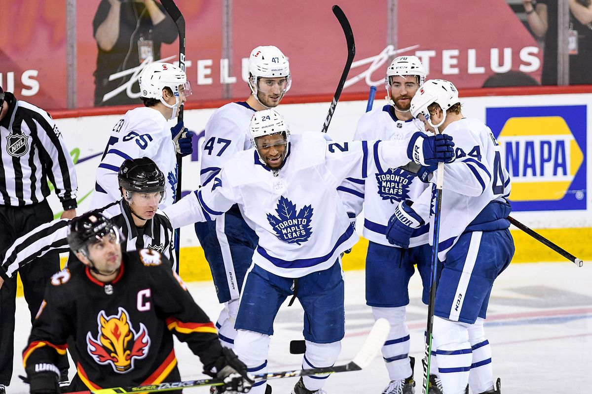 NHL: APR 05 Maple Leafs at Flames