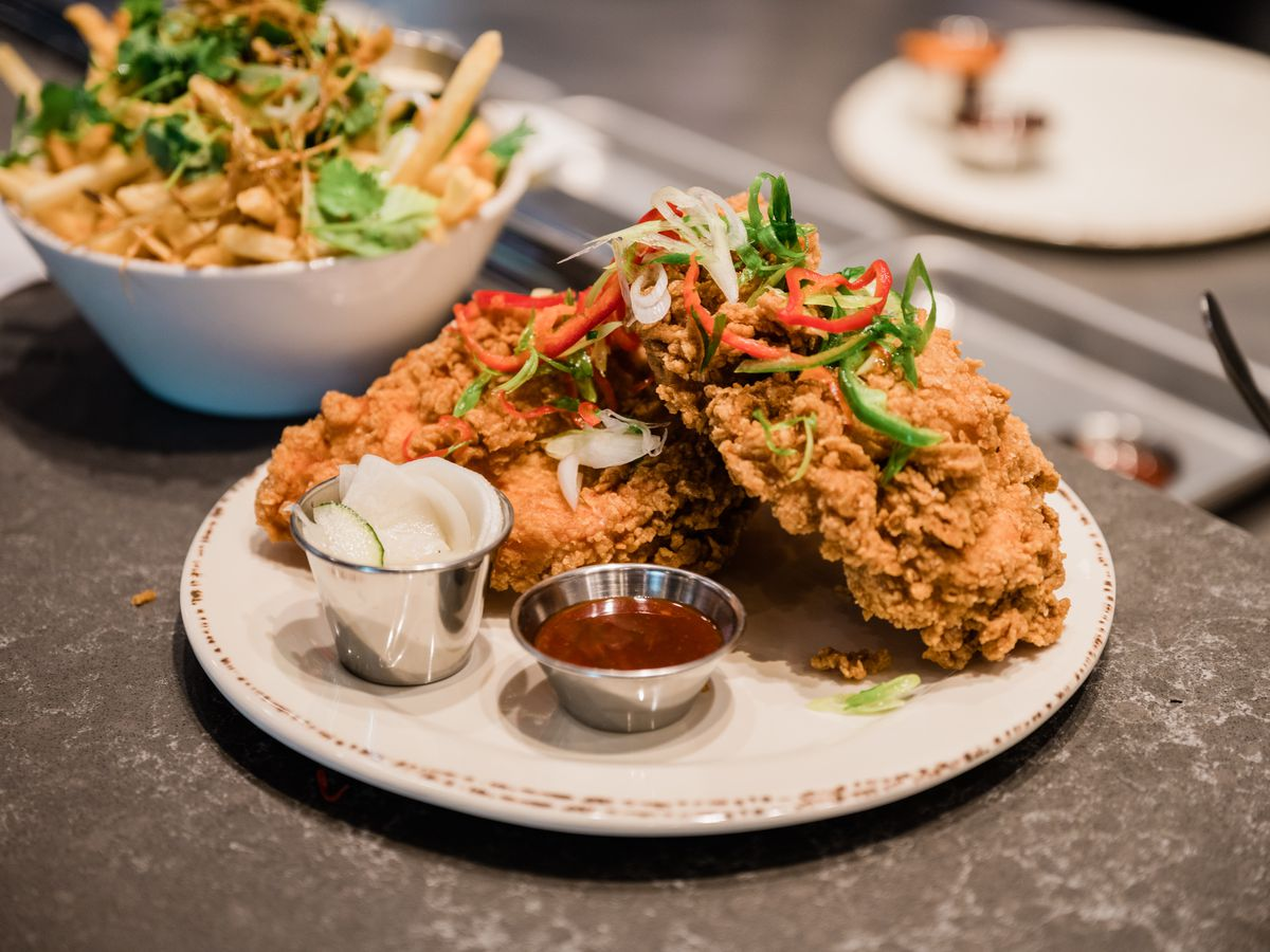 Abang Yoli brings Korean-style fried chicken to The Market at Malcolm Yards.