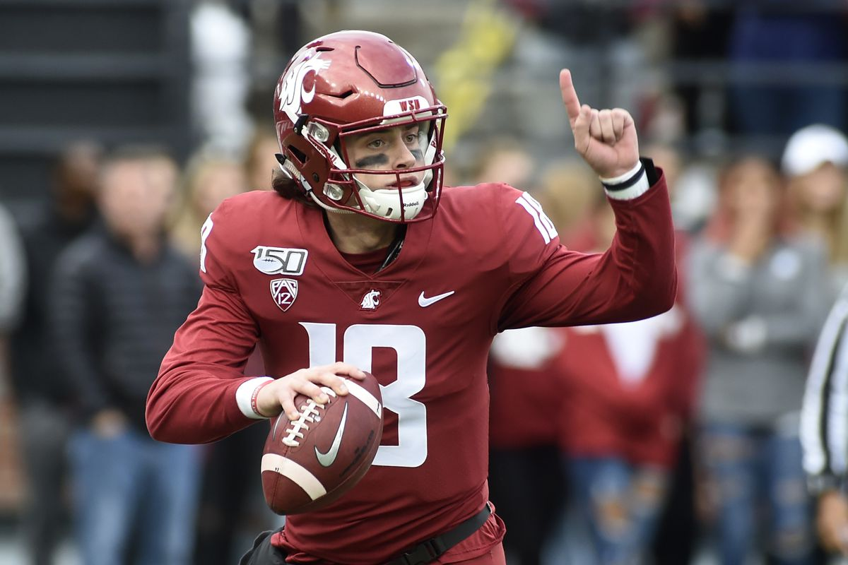 Washington State Cougars quarterback Anthony Gordon looks down field for an open receiver against the Stanford Cardinal in the first half at Martin Stadium.