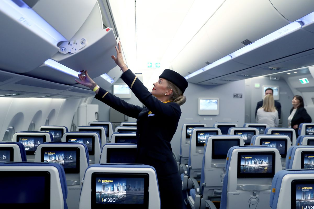 Lufthansa Presents Its First Airbus A350-900