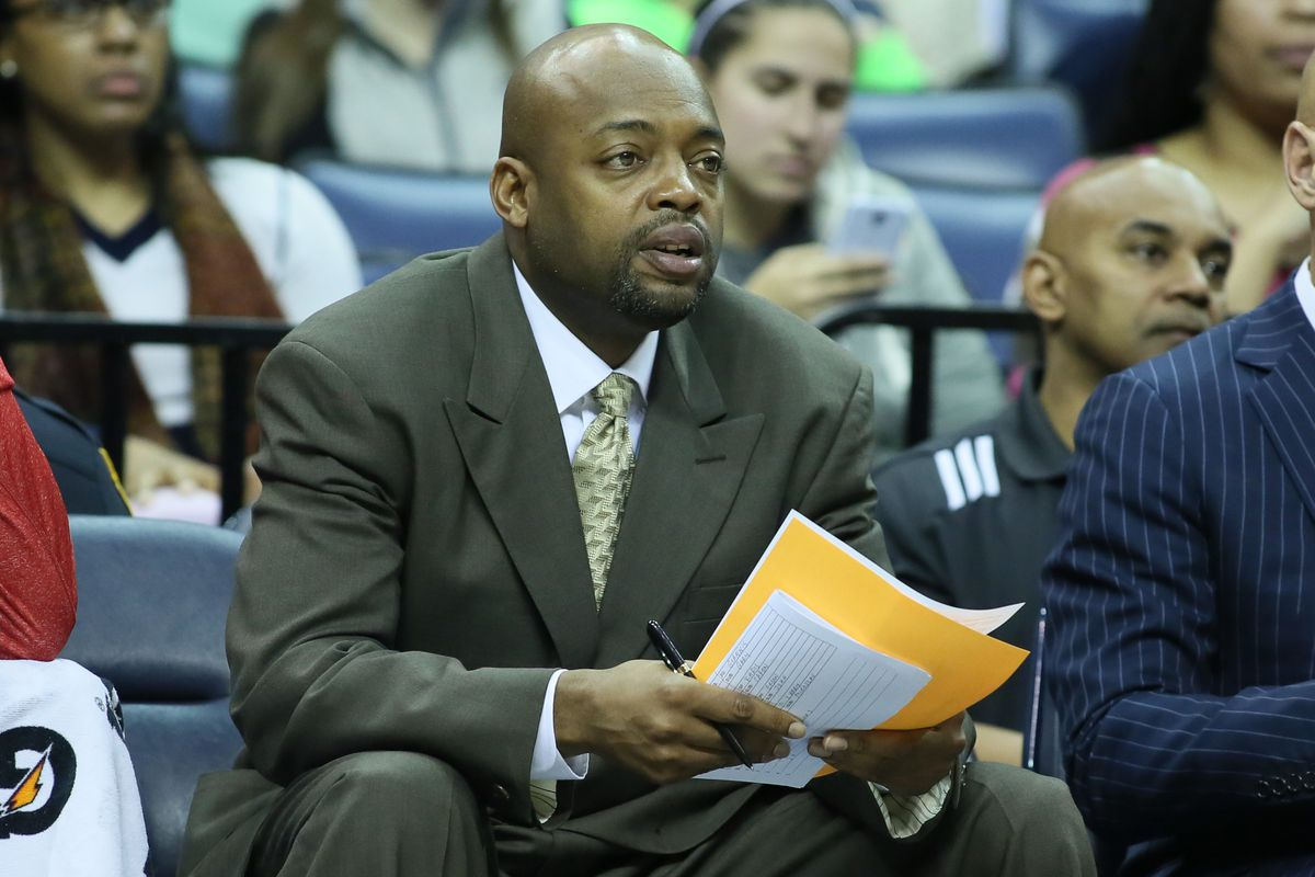 Did anyone ever think Nick Van Exel would be a coach?