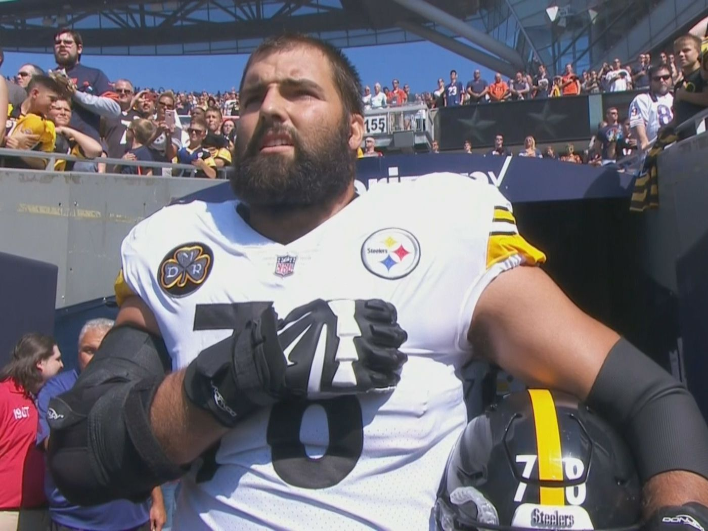 size 40 7d799 998e3 Alejandro Villanueva, a U.S. Army veteran, was the lone ...