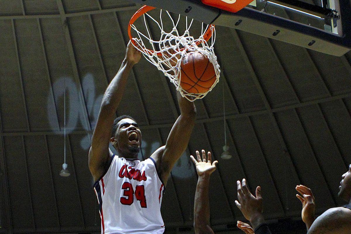 Aaron Jones with the dunk.