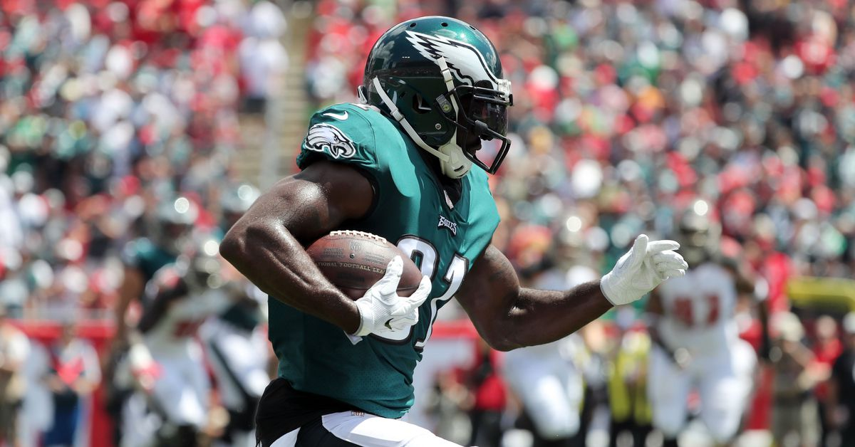 Eagles cut Kamar Aiken, call up defensive tackle from practice squad