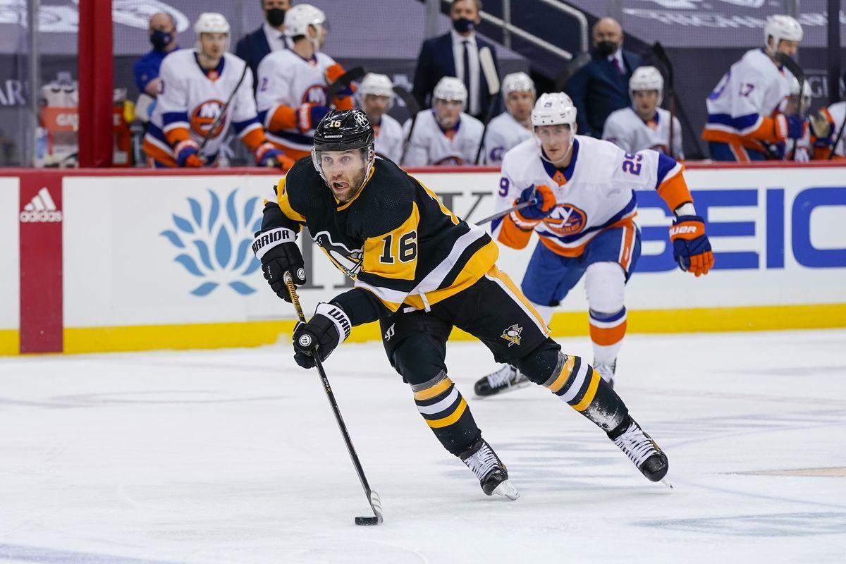 NHL: FEB 20 Islanders at Penguins