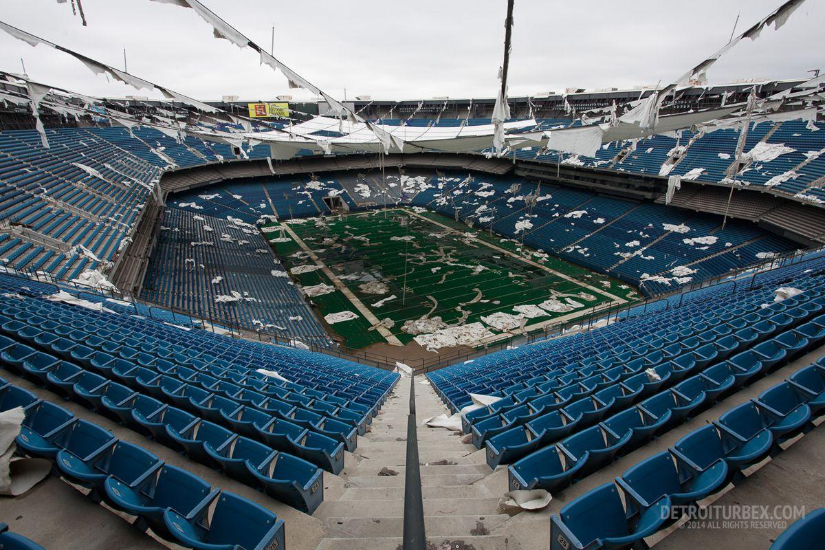 "Photo of the Silverdome's interior, 2014. Courtesy <a href=""http://www.detroiturbex.com/"">Detroiturbex</a>."