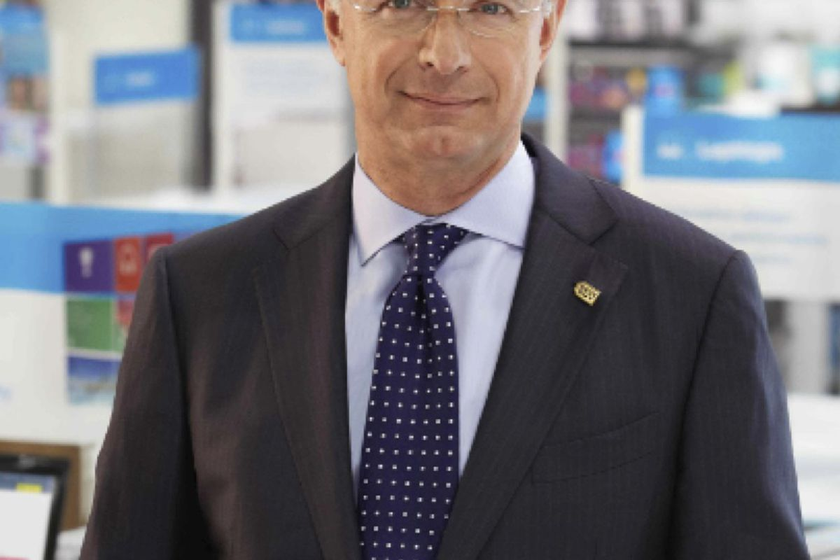 "Exclusive Interview: Best Buy CEO Says Tablet Sales Are ""Crashing,"" Hope for PCs"