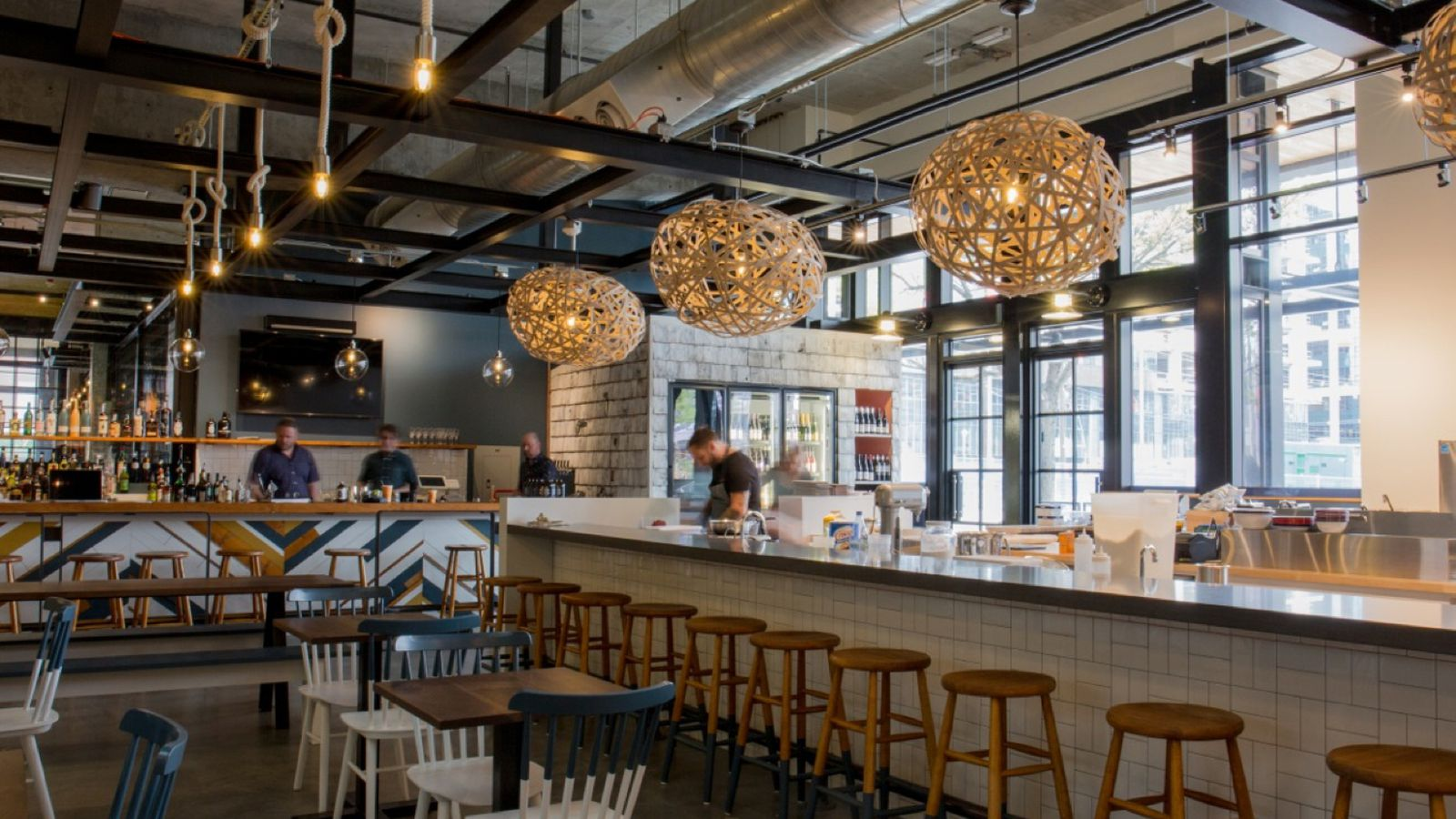 Maine-Inspired Restaurant Hits South Lake Union Today ...