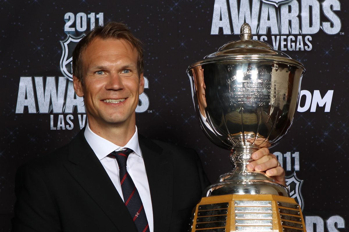 One hot Swede with his trophy.