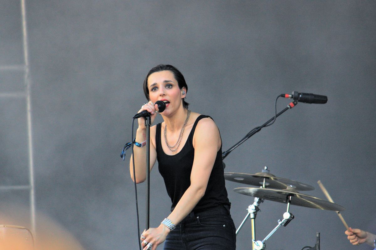 Savages scorch the Ponce de Leon Stage on Friday evening.