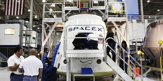 Elon Musk: 'Bezos retired in order to pursue a full-time job filing lawsuits against SpaceX'