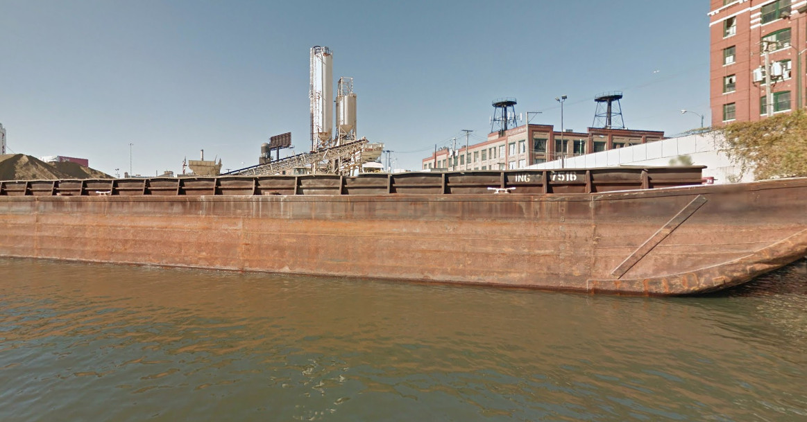 Body pulled from Chicago River in South Loop: police