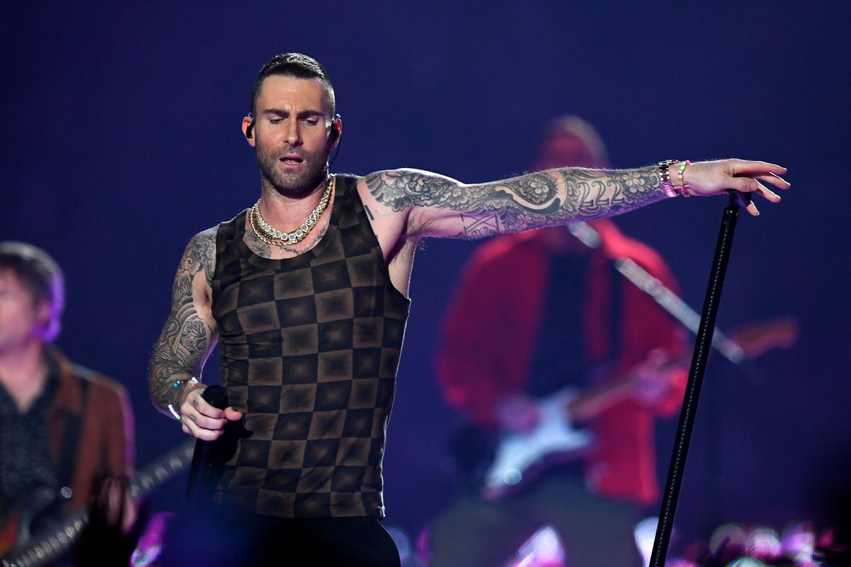 flipboard maroon 5 def leppard and motley crue added to wrigley field summer concert roster. Black Bedroom Furniture Sets. Home Design Ideas