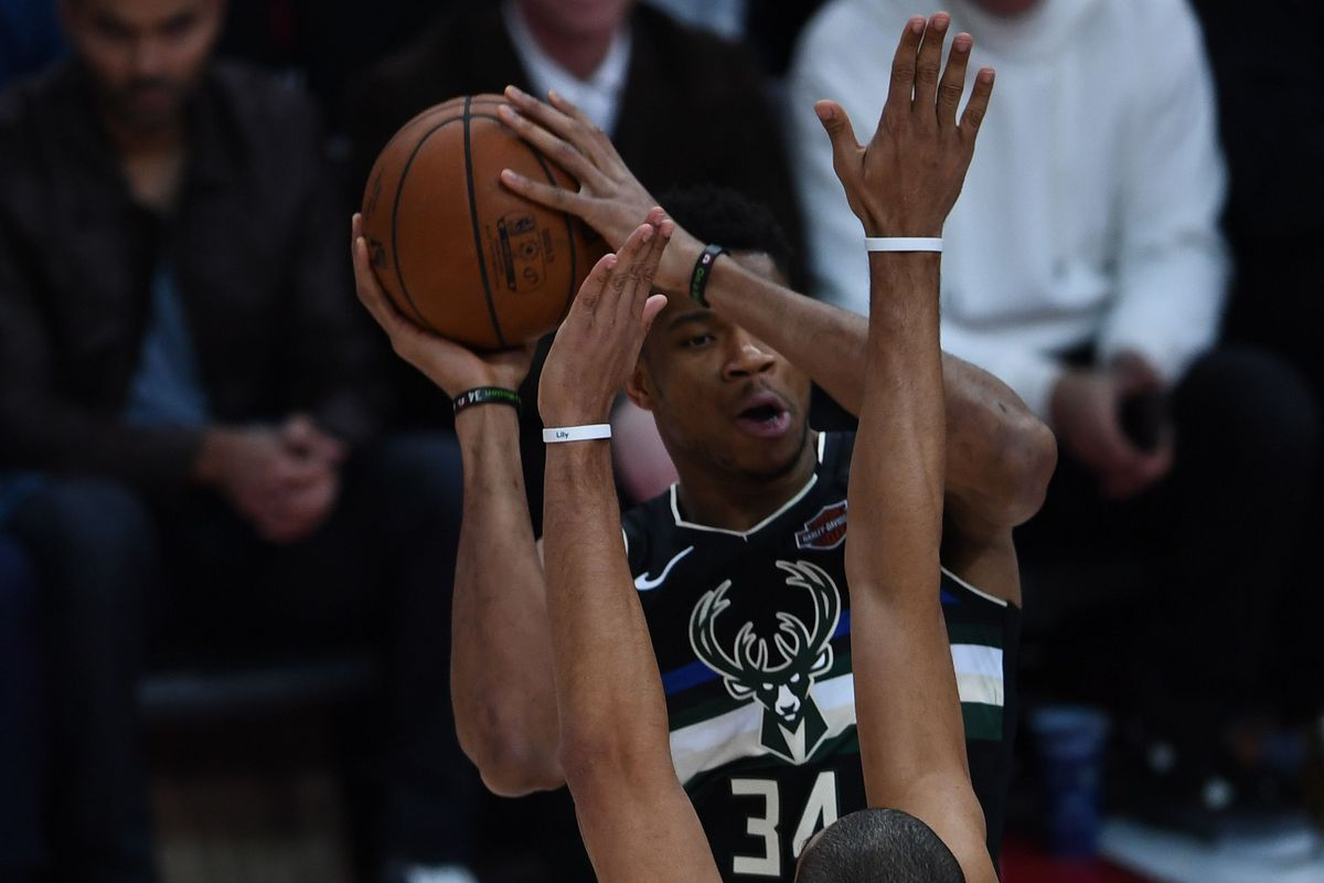 Recap: Hornets never trail in the first three quarters, still lose to the Bucks in Paris