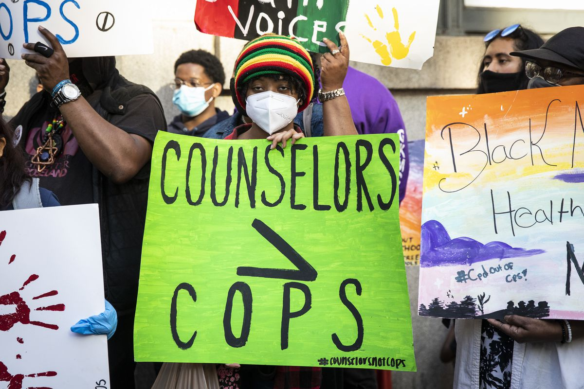 Aldermen, CPS Students Continue Push For Police-free