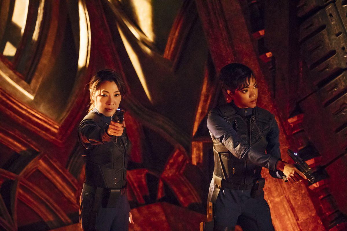Michelle Yeoh as Captain Philippa Georgiou; Sonequa Martin-Green as First Officer Michael Burnham on Star Trek: Discovery.