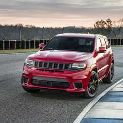 Trackhawk Jeep Grand Cherokee W 707 Hp 0 60 In 3 4 Seconds