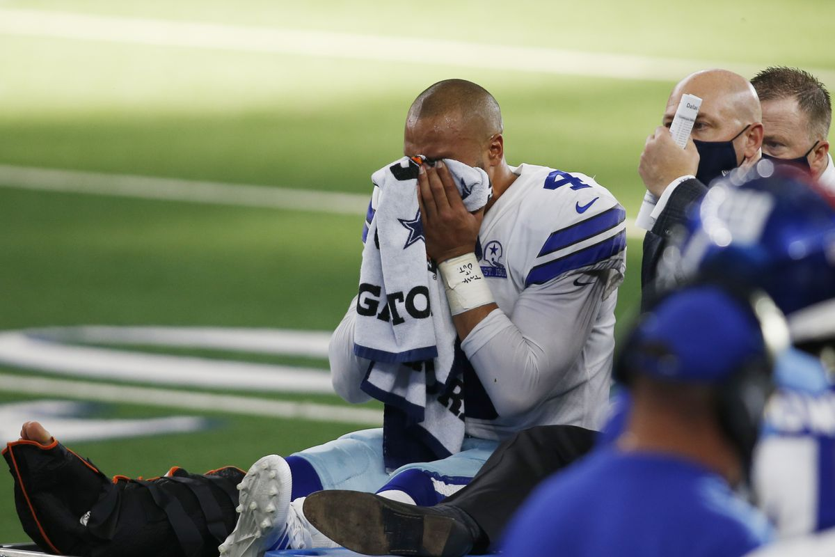 Update Dak Prescott Injures Ankle At Hospital For Surgery Blogging The Boys