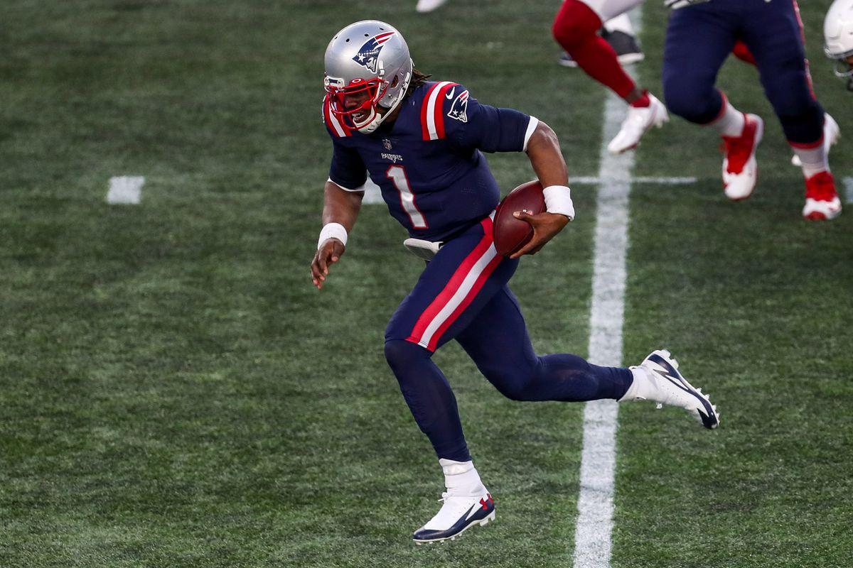 NFL: Arizona Cardinals at New England Patriots
