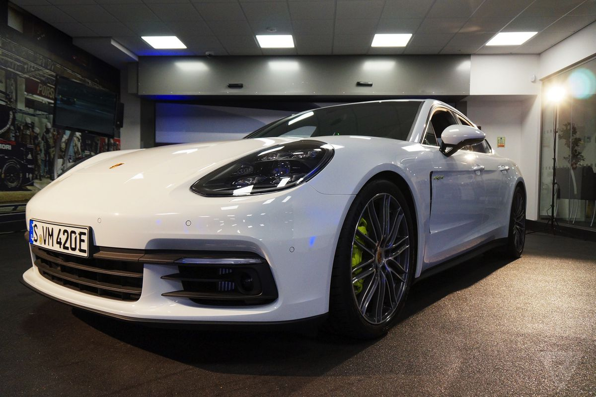 Luxury Vehicle: Porsche Shows Off Its Courage With New Panamera 4 E-Hybrid