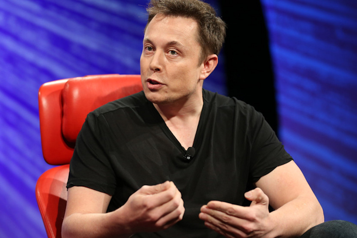Elon Musk on the Flawed Premise of Tesla and the False Promise of Fuel Cells