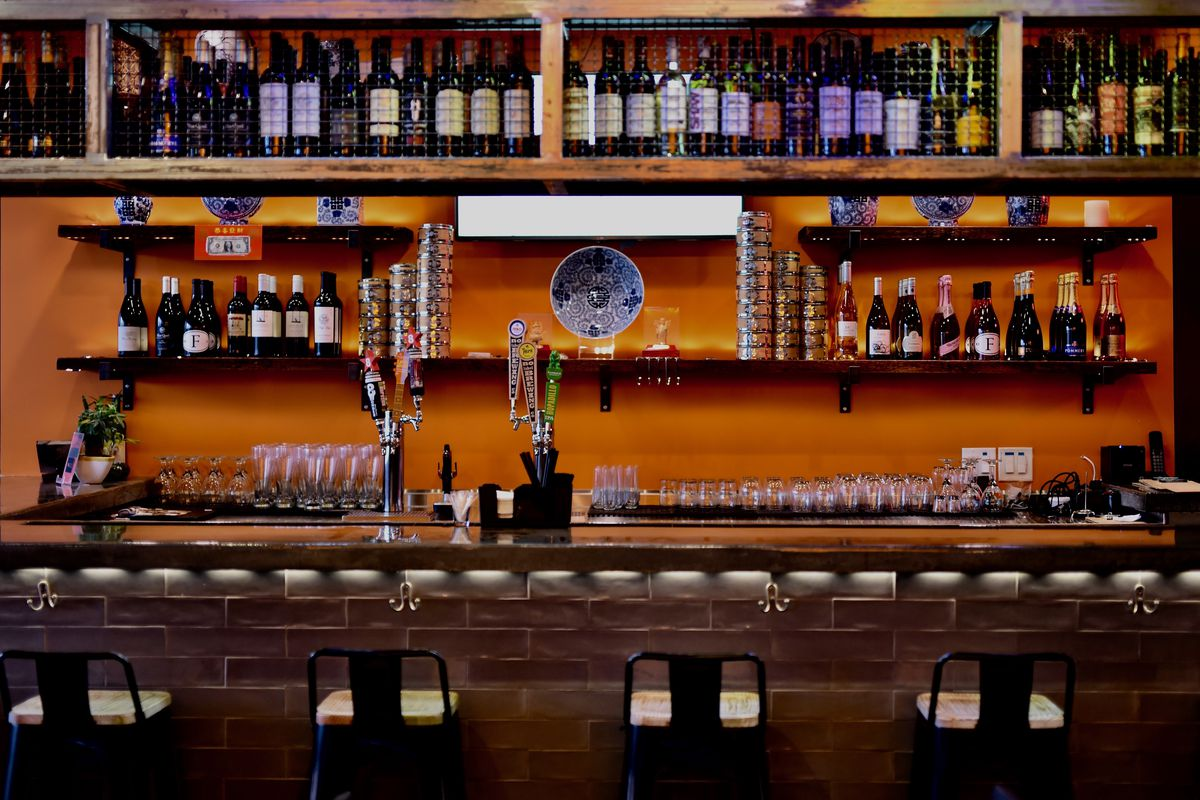 The bar at Phat Eatery.