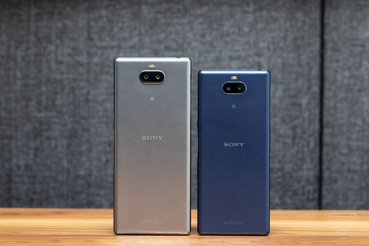 Sony Xperia 10 review: easy to hold, hard to use - The Verge