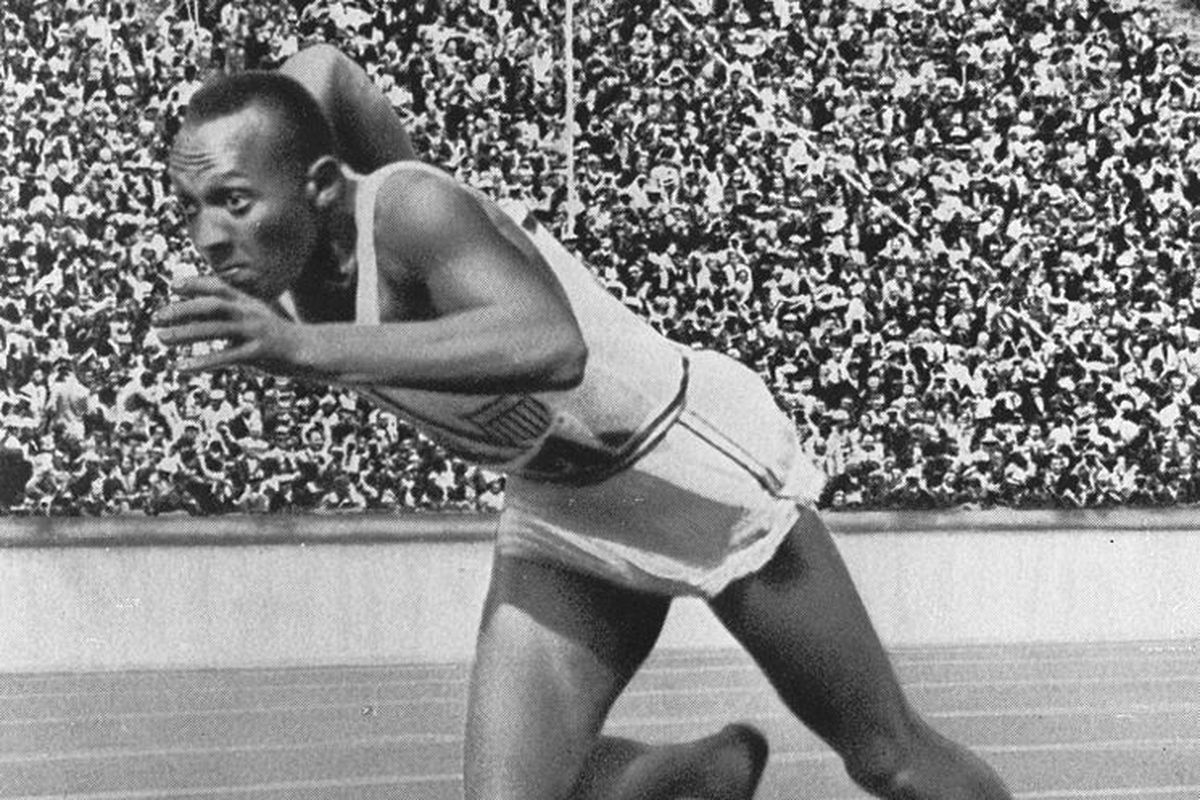 """The greatest. Ever. <em>(Image used under Creative Commons from <a href=""""http://en.wikipedia.org/wiki/File:Jesse_Owens3.jpg"""">Tomer T</a>)</em>"""