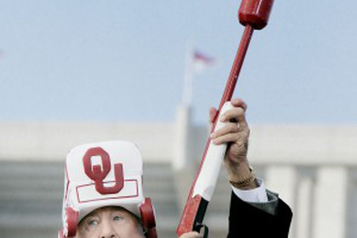This is not a sight you want to see as an OU fan.  Ever.