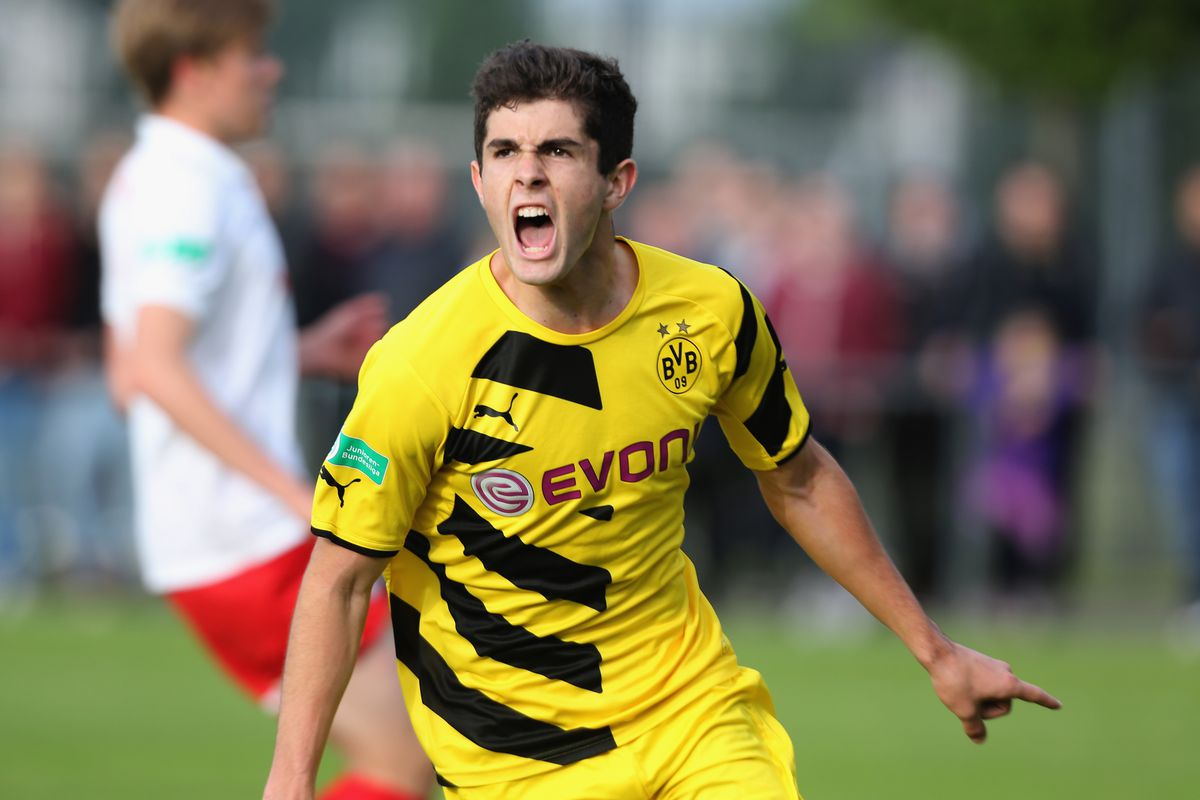 Christian Pulisic in action for Dortmund's reserve team