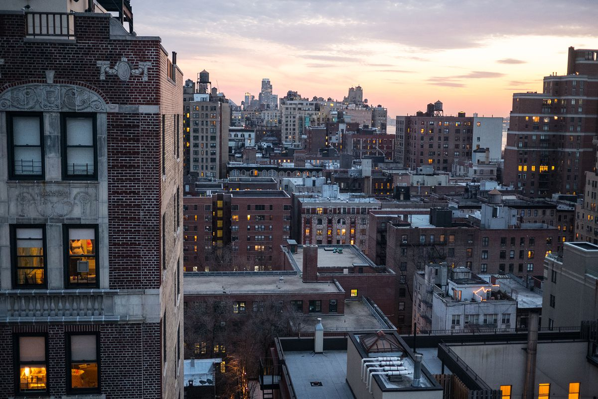 How to research a New York apartment building before you