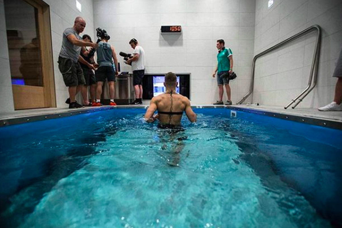 Ufc performance institute vp on how conor mcgregor tried to change his physiology for boxing for Las vegas swimming pools open to public