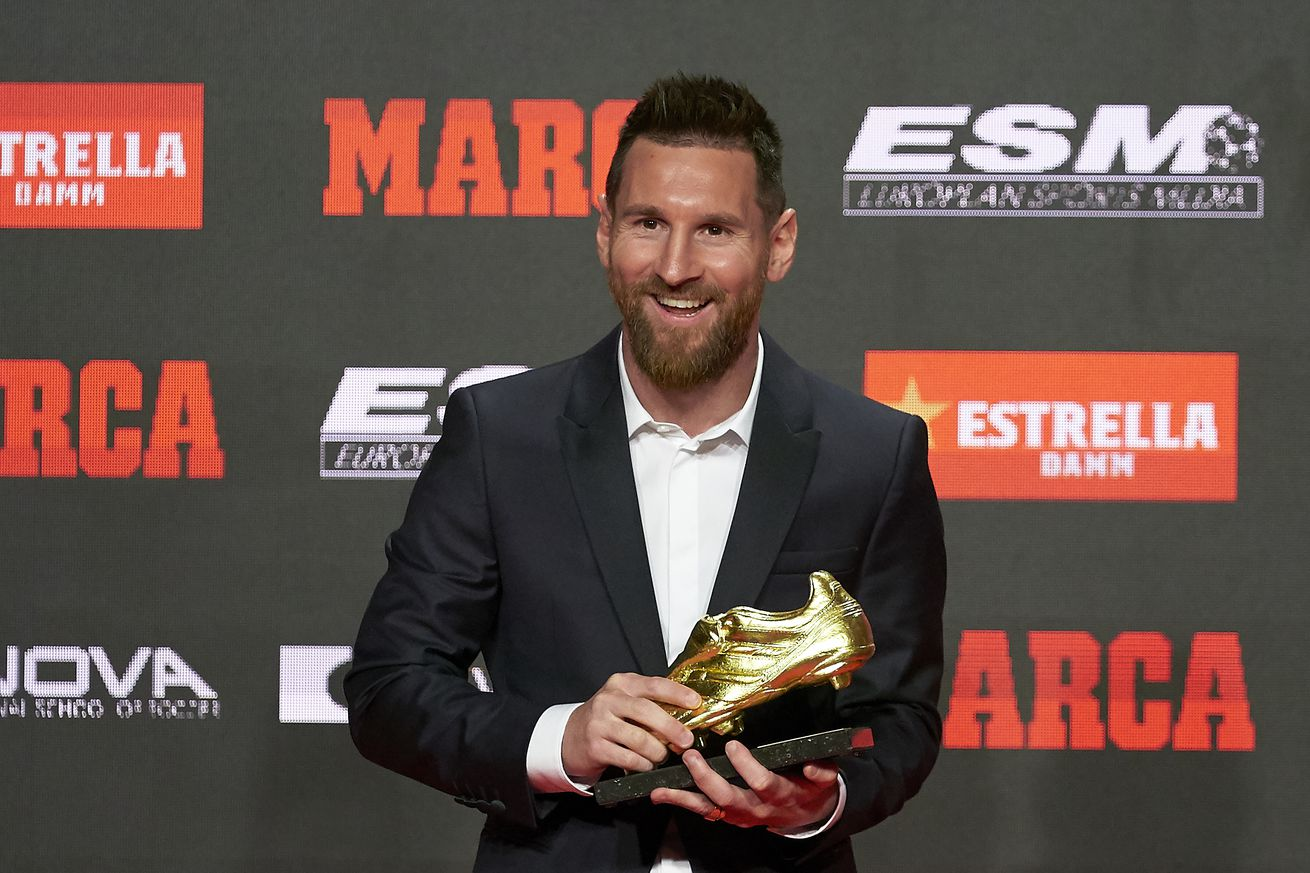Messi is Ronaldo, Hazard, Mbappe & more put together - van Nistelrooy