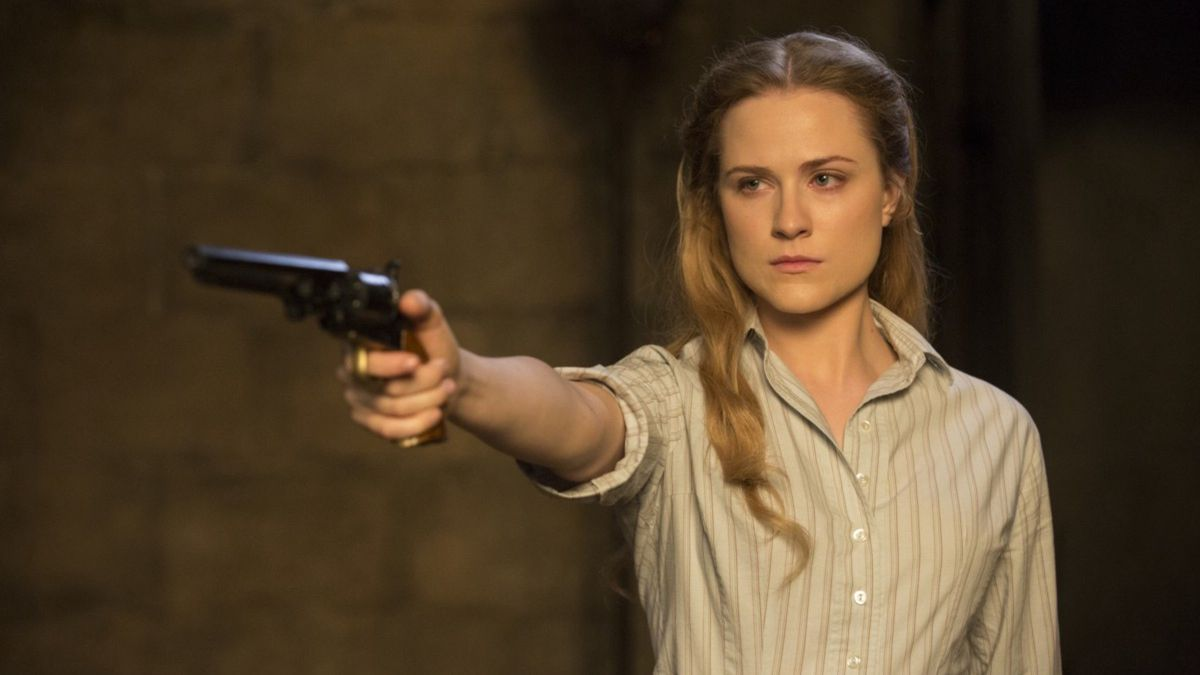 Westworld - Dolores aiming a revolver