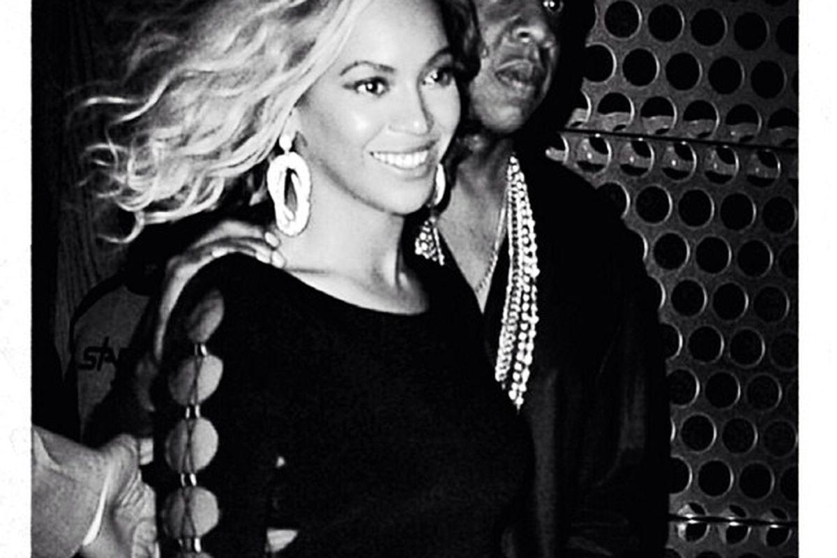 """More of the Beyoncé bob. Image via Beyoncé/<a href=""""http://instagram.com/p/dfXyoNvw6y/#"""">Instagram</a>."""