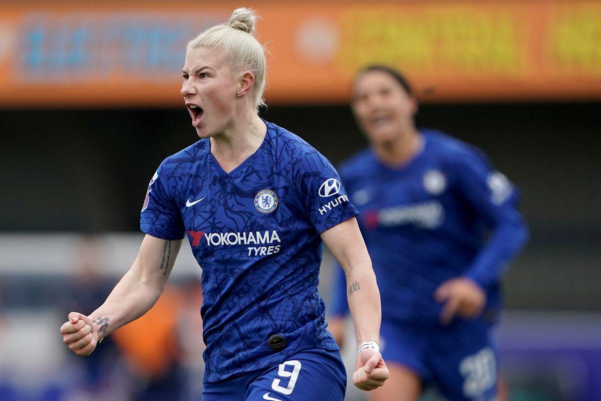 Chelsea v Reading - FA Women's Super League - Cherry Red Records Stadium