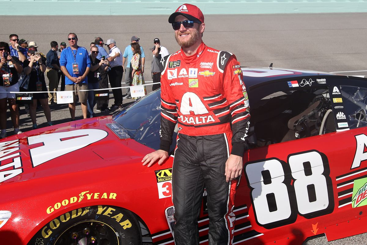 Dale Earnhardt Jr. will be grand marshal for 2018 Daytona 500