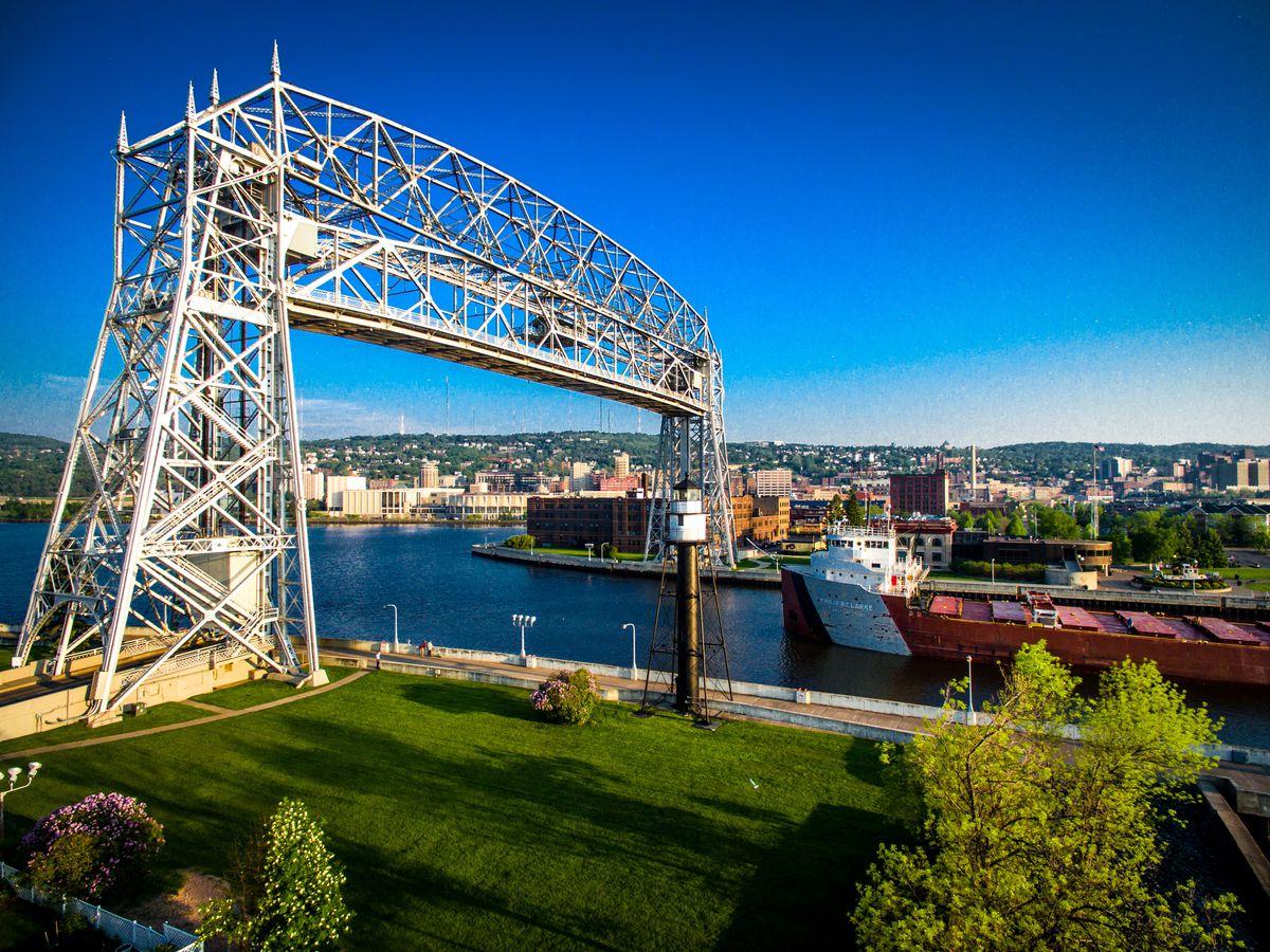 Vital planning info for a trip to Minnesota's prettiest port city.