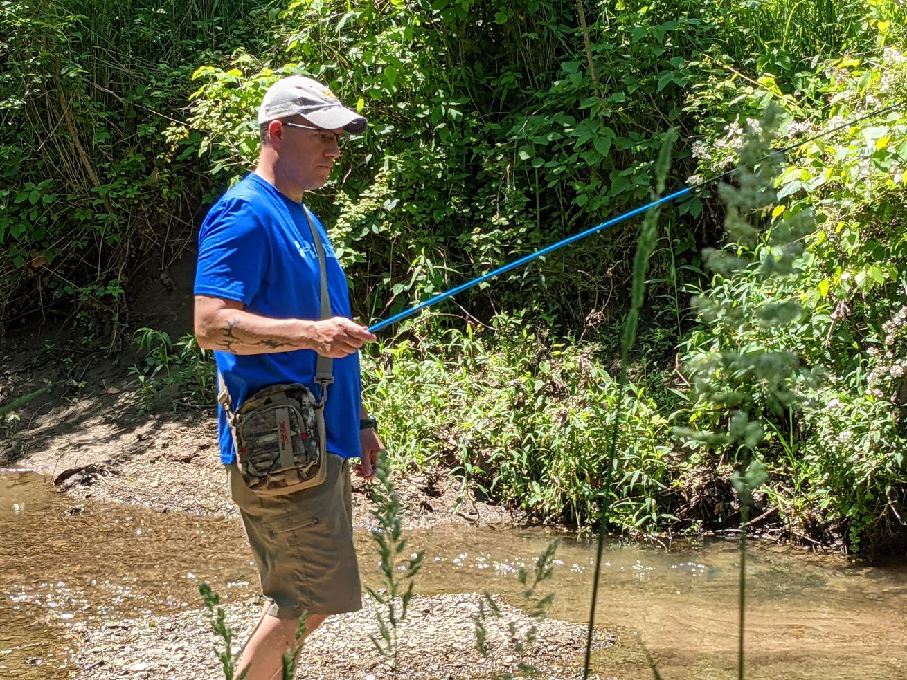 Illinois fisheries chief Mike McClelland microfishes a small stream in Schuyler County. Credit: Dale Bowman