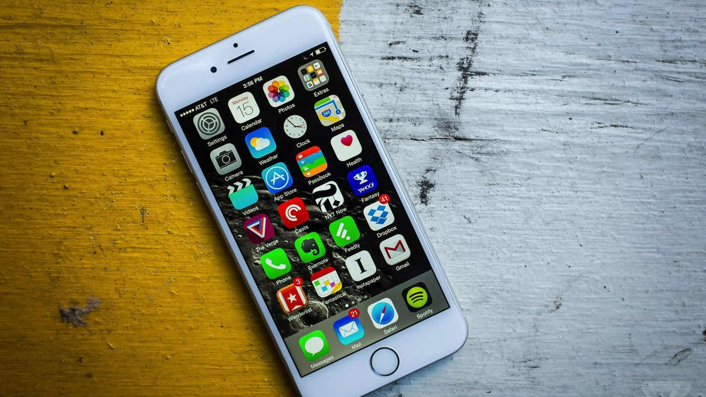 Apple confirms iPhones with older batteries will take hits
