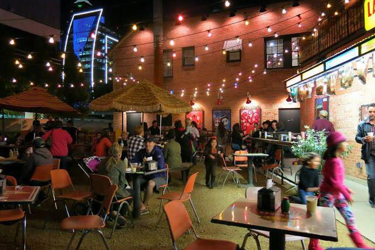 The existing Taqueria La Ventana downtown.